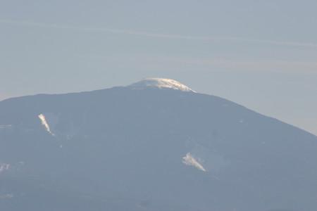 お供え山と呼ばれる蓼科山