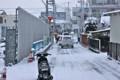 雪降り、登校する子どもたち。(24.1.20)