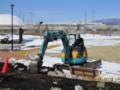 重機で、掘り起こし作業。(26.3.11)