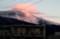 紅に輝く、「浅間山」の白煙・雲。(29.2.12)
