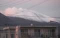 白く雪が見える「浅間山」。(29.10.25)