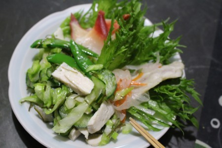 自家製野菜のサラダ。(30.6.6)