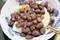 「焼き餅」に、「煮豆」を掛けて…。(30.12.22)