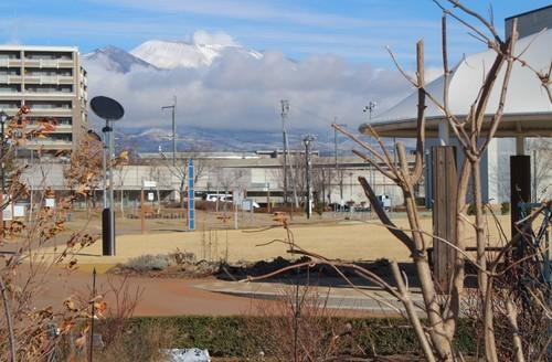 真冬の佇まい、「浅間山」。(30.12.31)