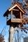 賢治ガーデンに設置した、野鳥「餌台」。(30.12.31)