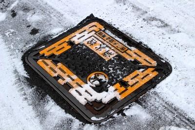 「消火栓」・蓋の雪掃き。(31.1.29