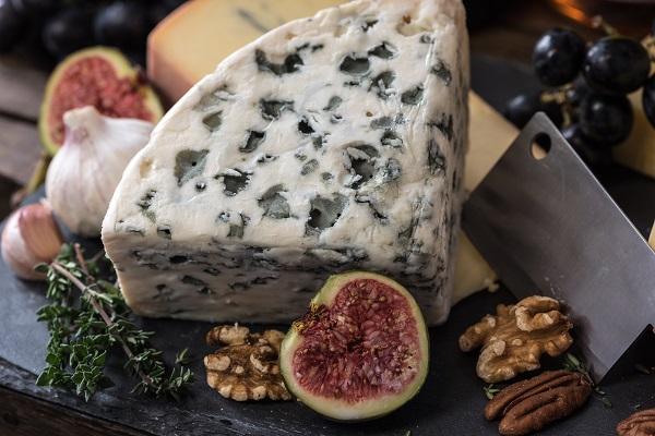 マン臭事変の香りの例:ブルーチーズ