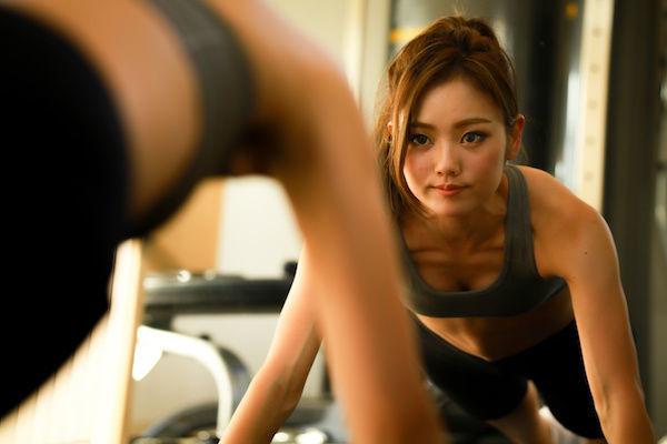 体の相性を良くするために膣トレに励む女性