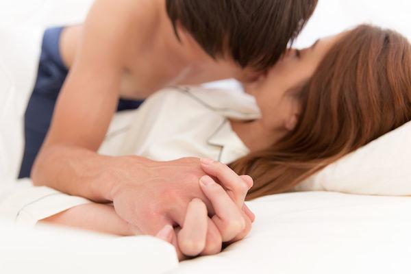 パートナーとのセックスレスを理由に浮気する男女