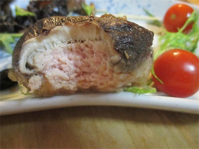 椎茸肉詰め(鶏ひき肉)
