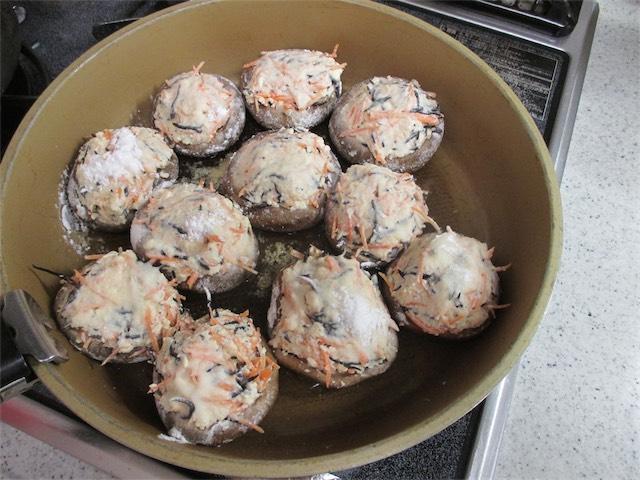 椎茸肉詰め(豆腐)