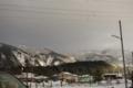 [雪][空][電柱]山