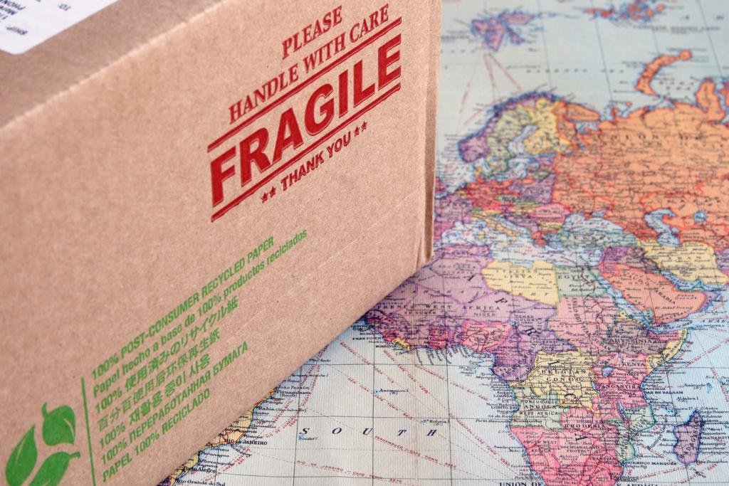 国際小包の配送日数&価格比較(海外へ荷物を送る方法)