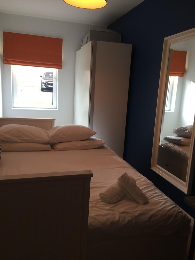 イギリスエディンバラ のエアビー ベッドルーム2