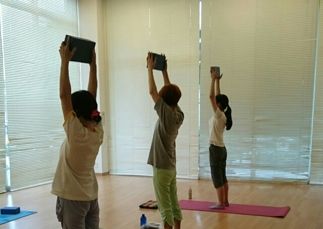 f:id:yogaroomcomfy:20161005010853j:plain