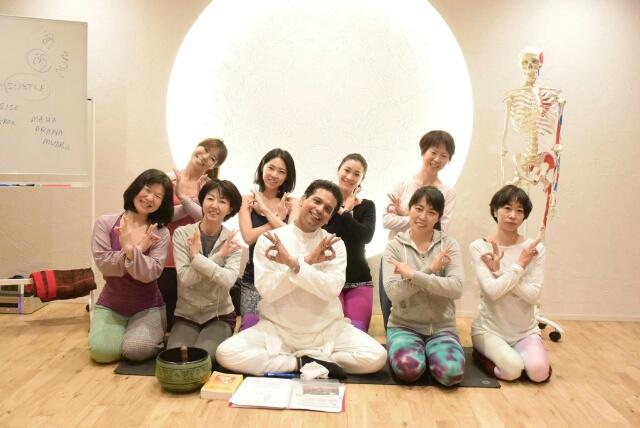 f:id:yogaroomcomfy:20161113134143j:plain