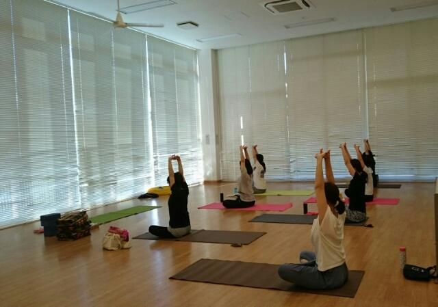 f:id:yogaroomcomfy:20170728161855j:plain