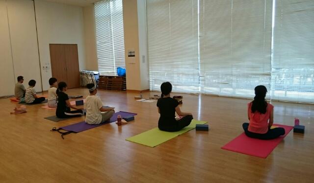 f:id:yogaroomcomfy:20170828000358j:plain
