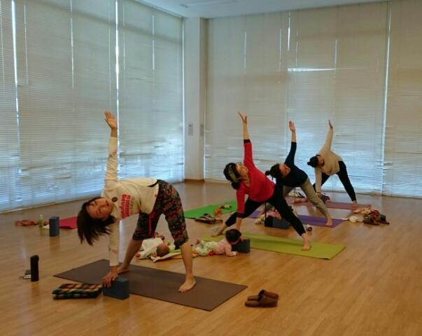 f:id:yogaroomcomfy:20171128141024j:plain
