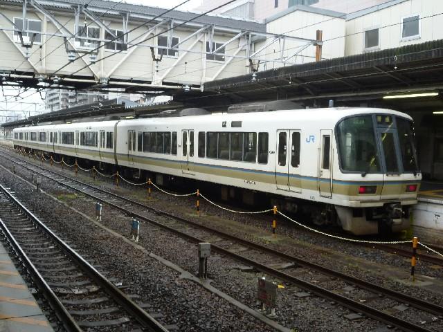 JR221系 JR草津線普通