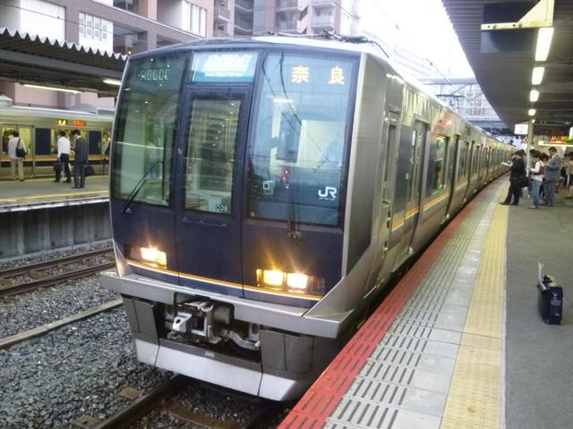 JR321系 JRおおさか東線直通快速