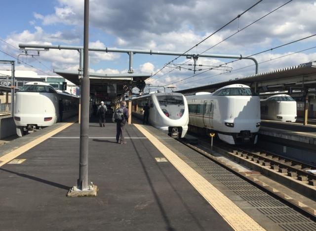 JR287系とJR289系とJR287系とJR287系