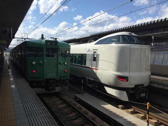 JR113系とJR287系