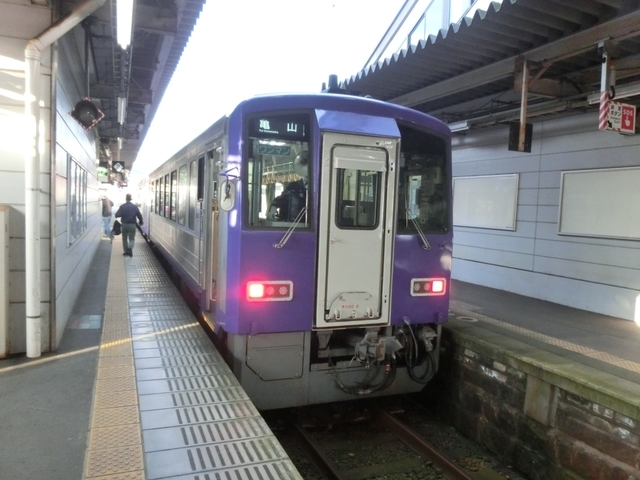 JRキハ120形 JR関西本線普通