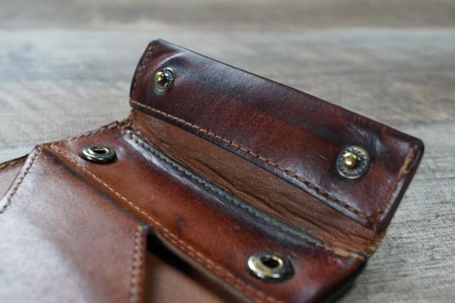 abrAsus 薄い財布 小銭入れ ブッテーロレザー ブラック ブラウン アブラサス 比較