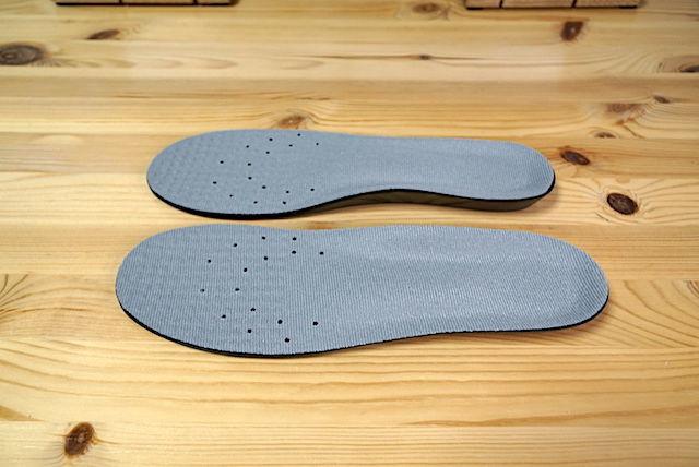OMC インソール 足底筋膜炎 足の裏 痛み 膝 腰痛 足の疲れ 靴 立ち仕事 むくみ