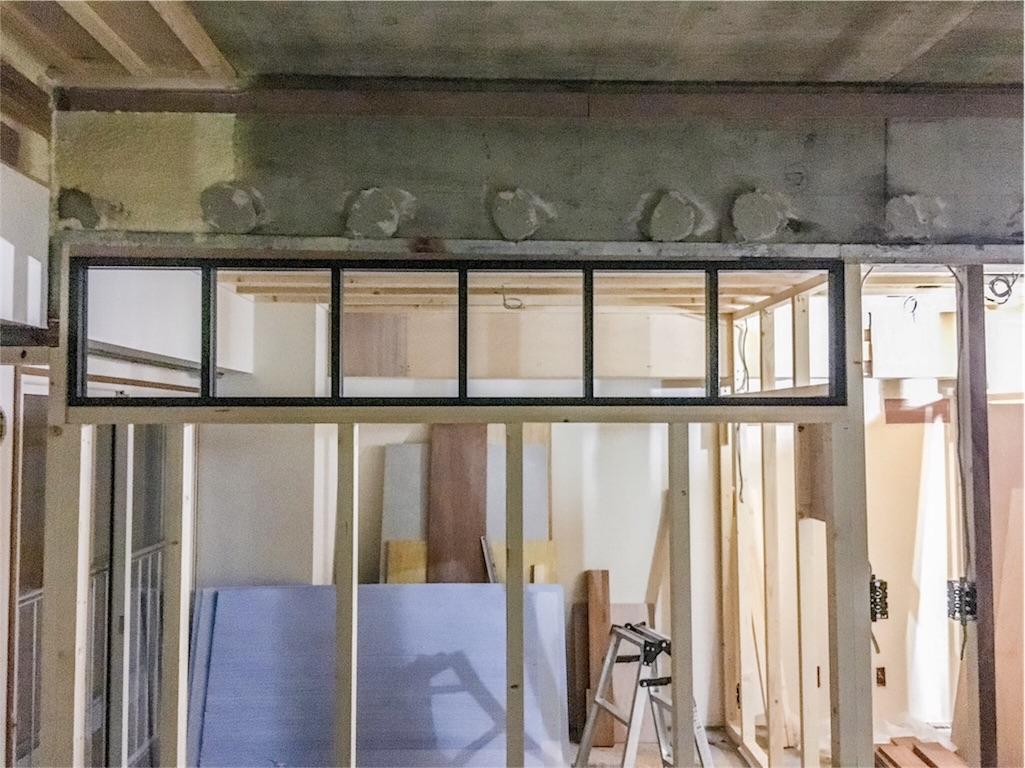 リノベーションで新設するリビング室内窓
