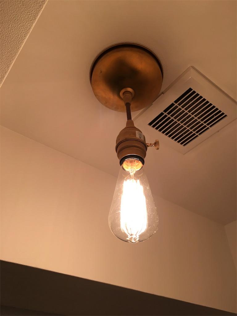 インダストリアルなエジソンランプ