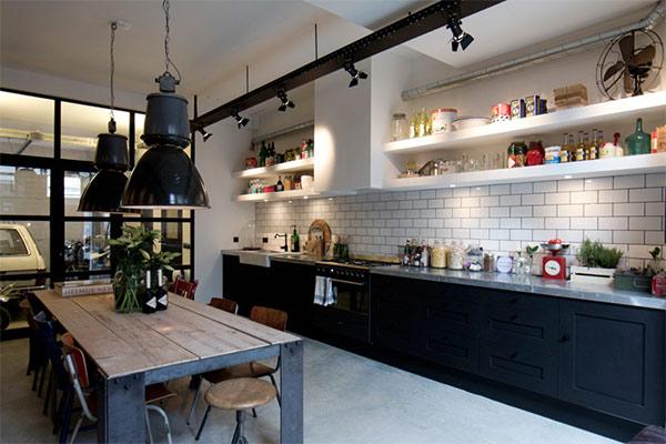 海外のインダストリアルなキッチン01