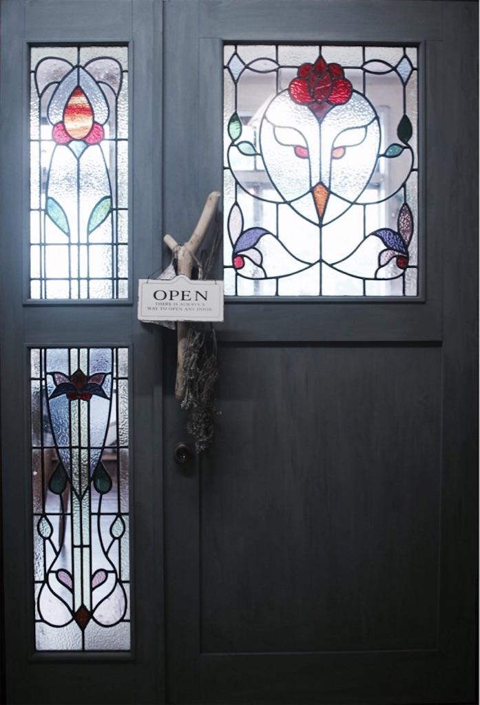 3baum入口のドア