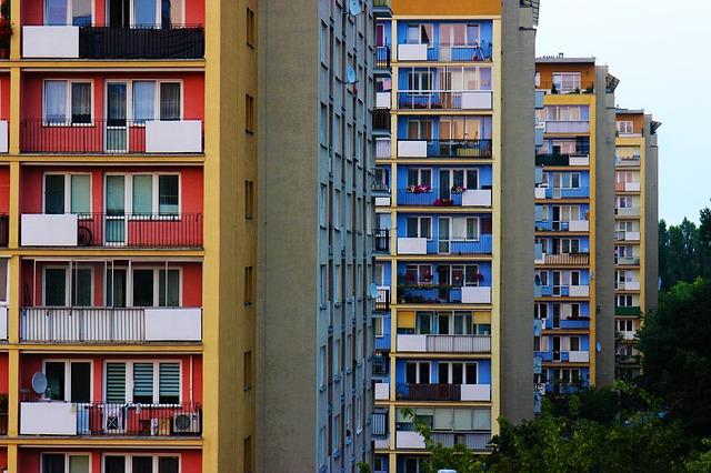 建ち並ぶマンション