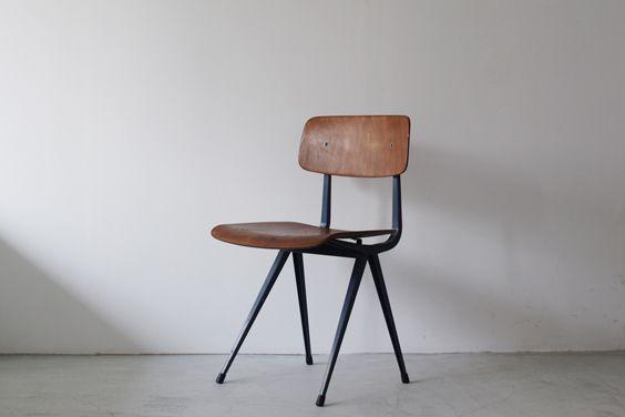 オランダFriso Kramer(フリゾクラマー)デザインのリザルトチェア(Result Chair)