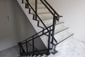 HOTEL POTMUM館内の階段
