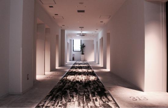 3階フロア客室入口の様子