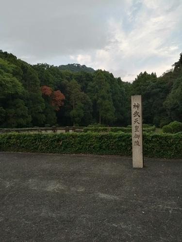 f:id:yomumirukaku:20200809055029j:plain