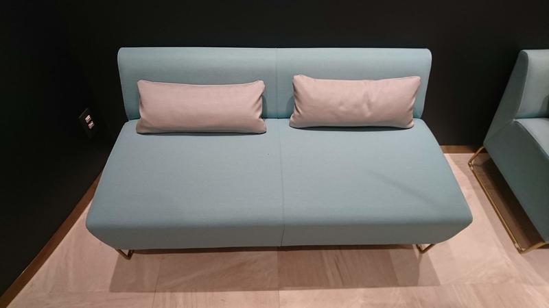 休憩用のソファ