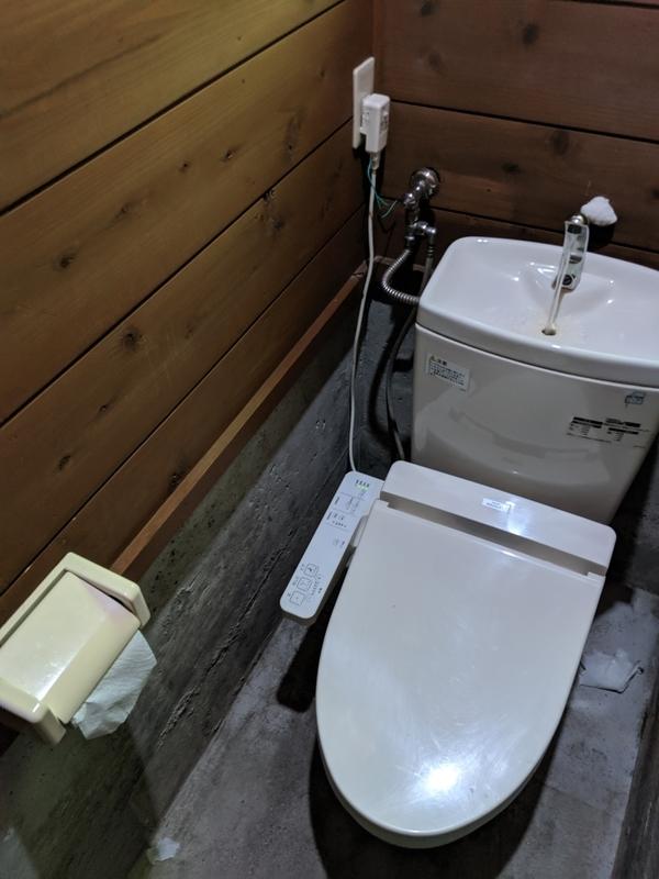 山伏オートキャンプ場のトイレ2