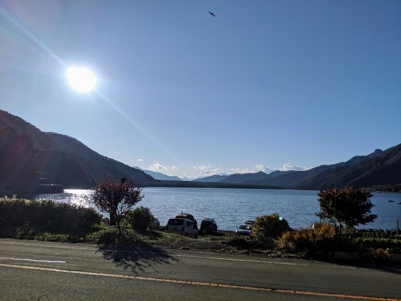 西湖の日差し