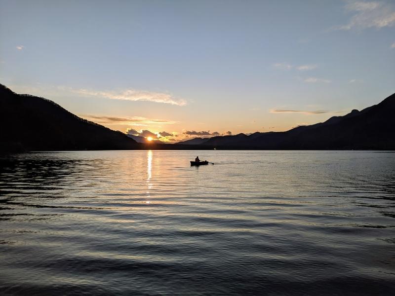 西湖の夕日