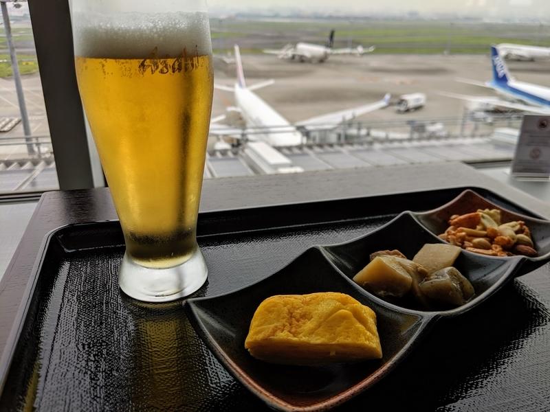 羽田空港で朝ごはん