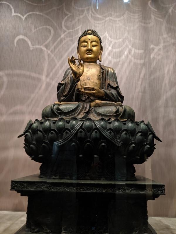 青銅鎏金坐佛三尊像2