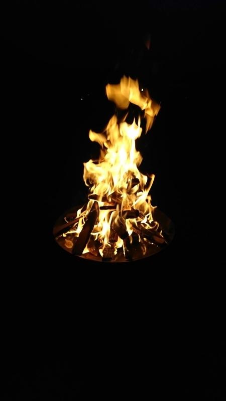 ファイヤーディスクで焚き火