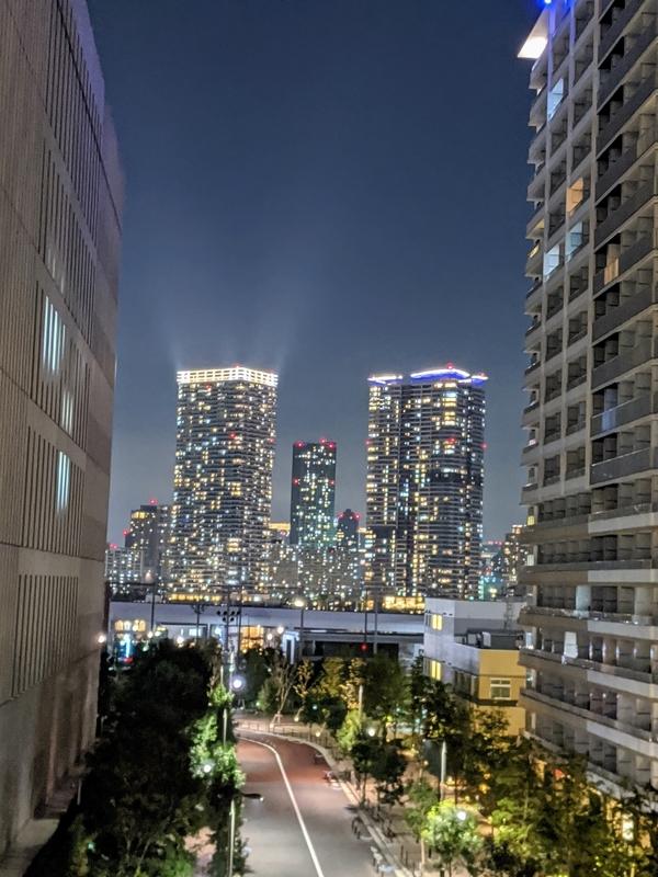 ベイズタワー&ガーデンからの夜景