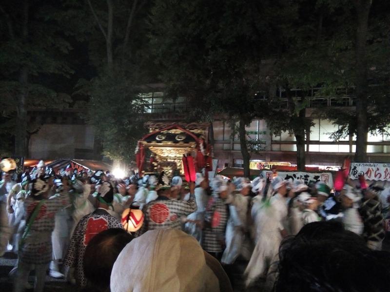 大國魂神社のくらやみ祭り