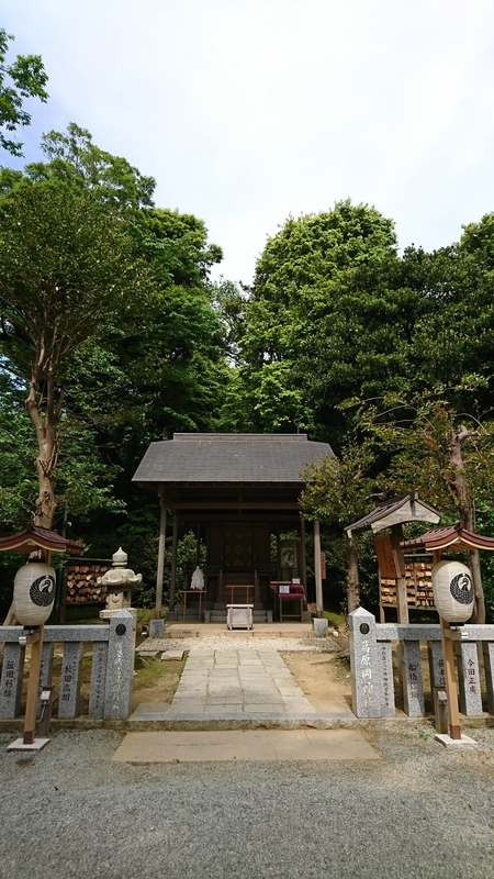 葛原神社本殿