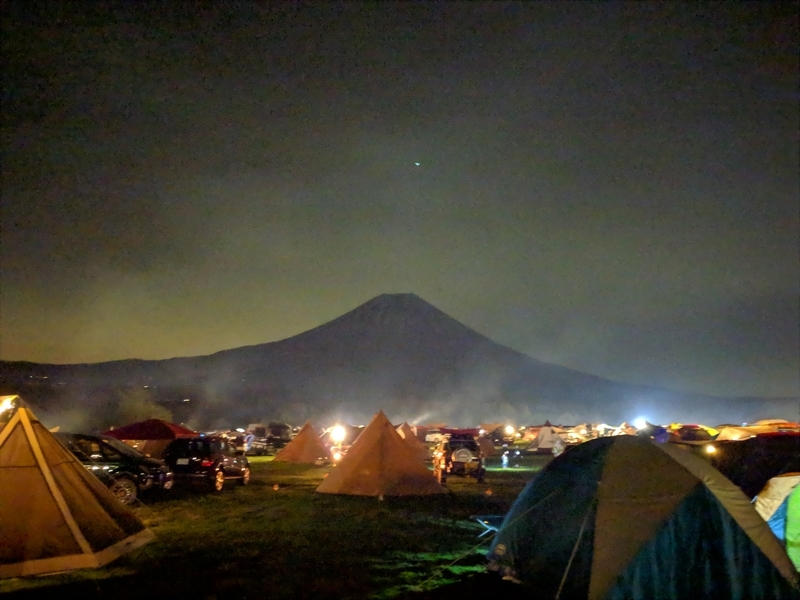 夜景モードで富士山を撮影